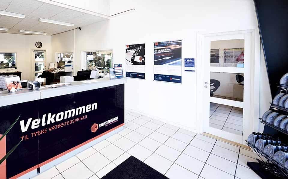 Skorstensgaard Fredericia - Indskrivning af bil til værksted og Eurogarant certificeret pladeværksted