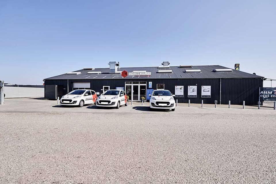 Skorstensgaard autoværksted i Fredericia inkl. parkeringsplads