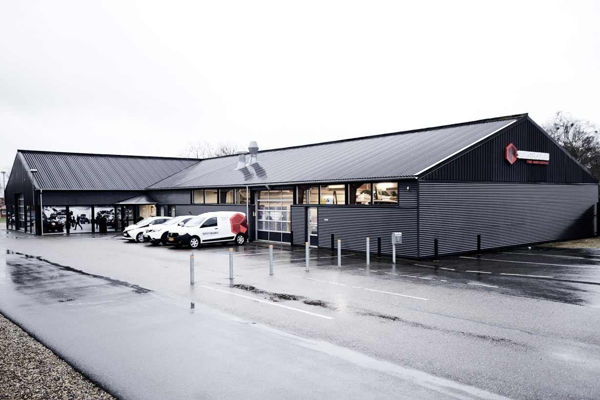 Skorstensgaard autoværksted i Hobro - Alle er velkommen til at få tyske værkstedspriser