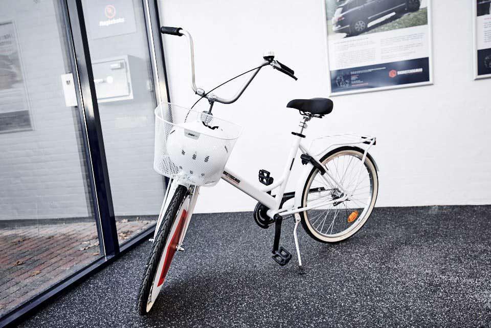 Lån kundecykel gratis ved Skorstensgaard autoværksted i Holstebro