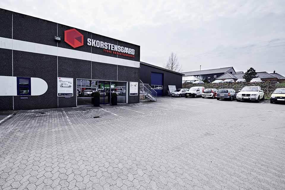 Skorstensgaard værksted i Odense SV - Indgang for kunder