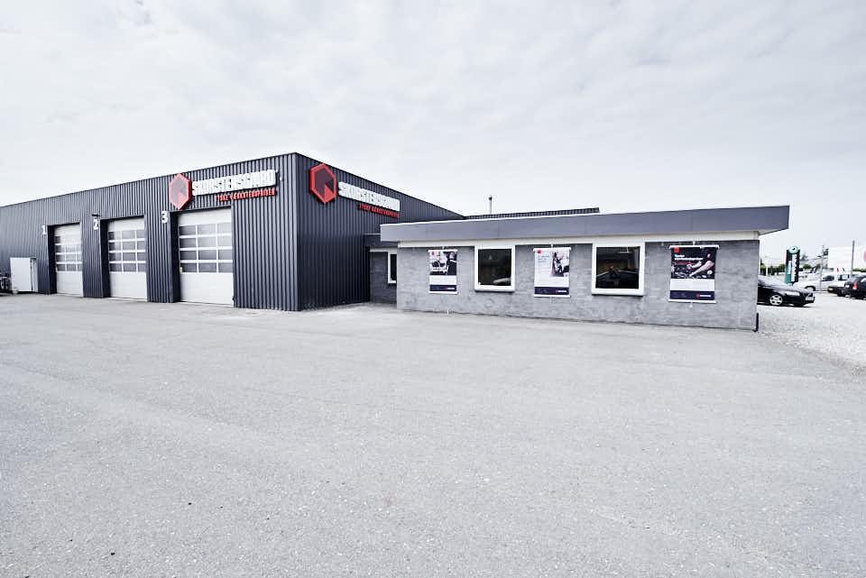 Skorstensgaard i Svendborg tilbyder service og reparation af biler til tyske værkstedspriser