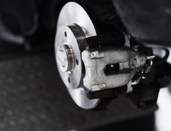 6 hurtige spørgsmål om bilens bremser