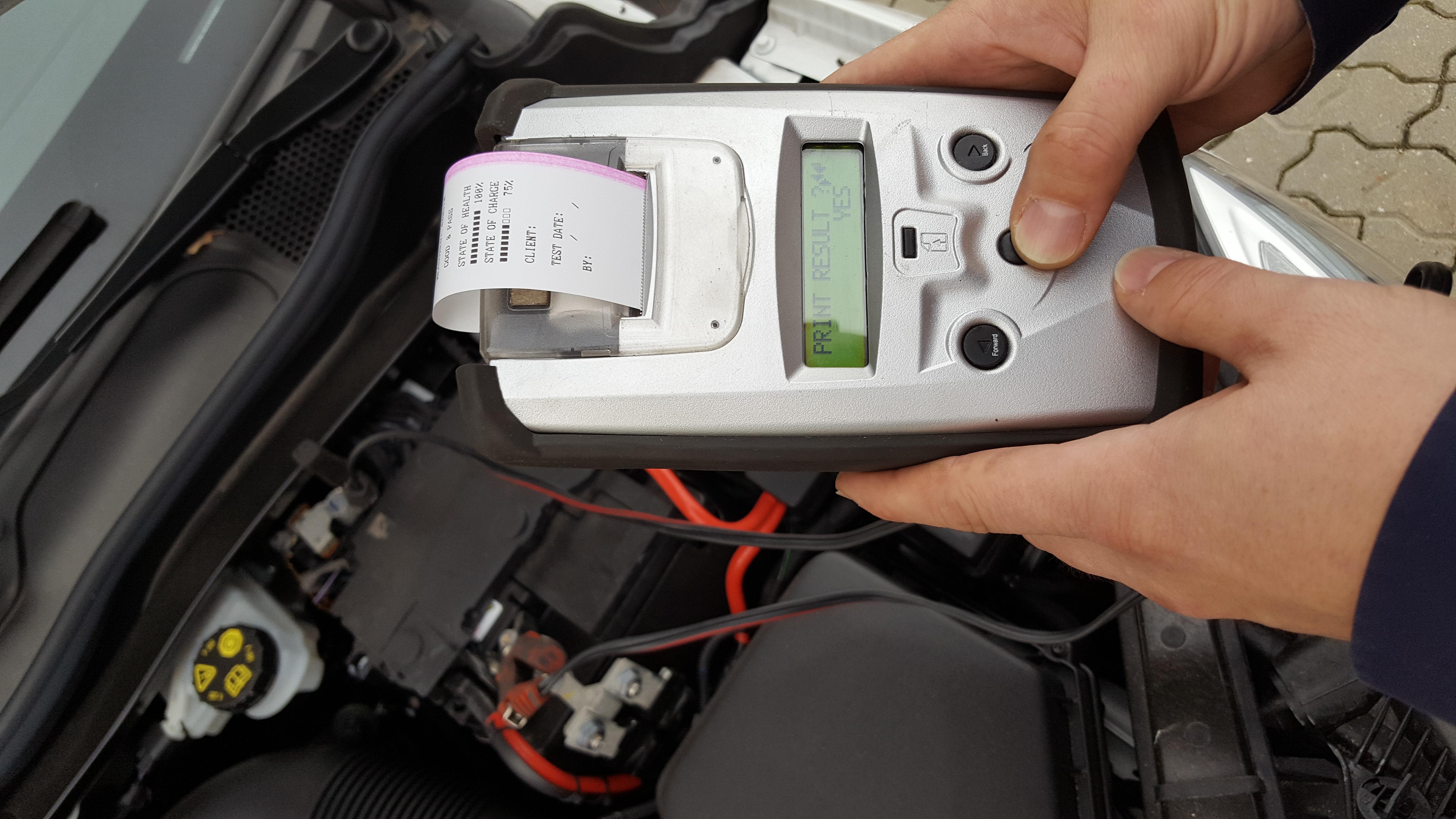 Test af bilbatteri