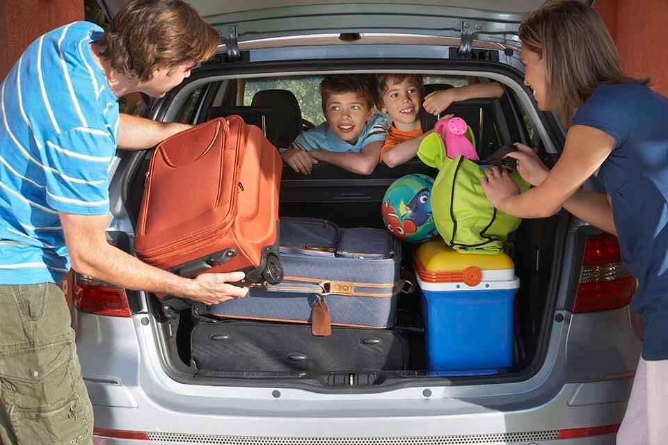 Pak bilen korrekt når du skal på kør selv ferie